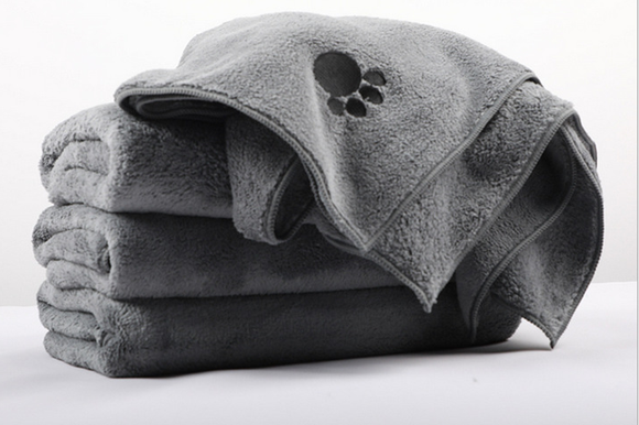 Rainleaf Microfiber Dog Bath Towel with Embroidered Paw Print