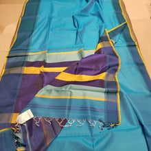 Load image into Gallery viewer, Turquoise Blue Plain body Handwoven Maheshwari Sari