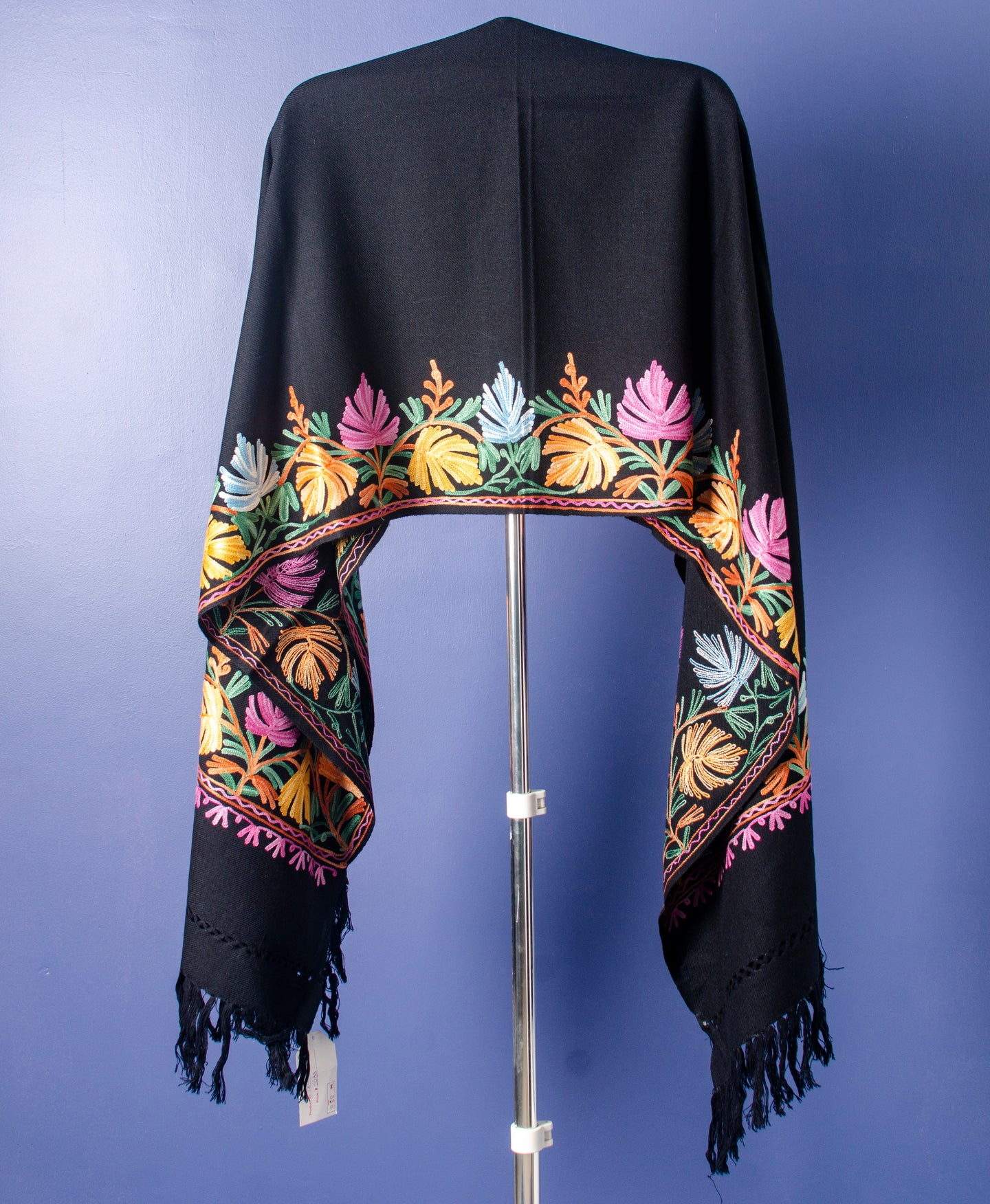 MULTI THREAD EMBROIDERED ON BLACK KASHMIRI WOOLLEN STOLE