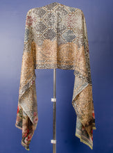Load image into Gallery viewer, PURE PASHMINA STOLE WITH DIGITAL PRINT AND GOLDEN THREAD EMBROIDERY