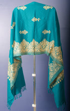 Load image into Gallery viewer, RAMA GREEN WOVEN STOLE WITH GOLDEN THREAD EMBROIDERY