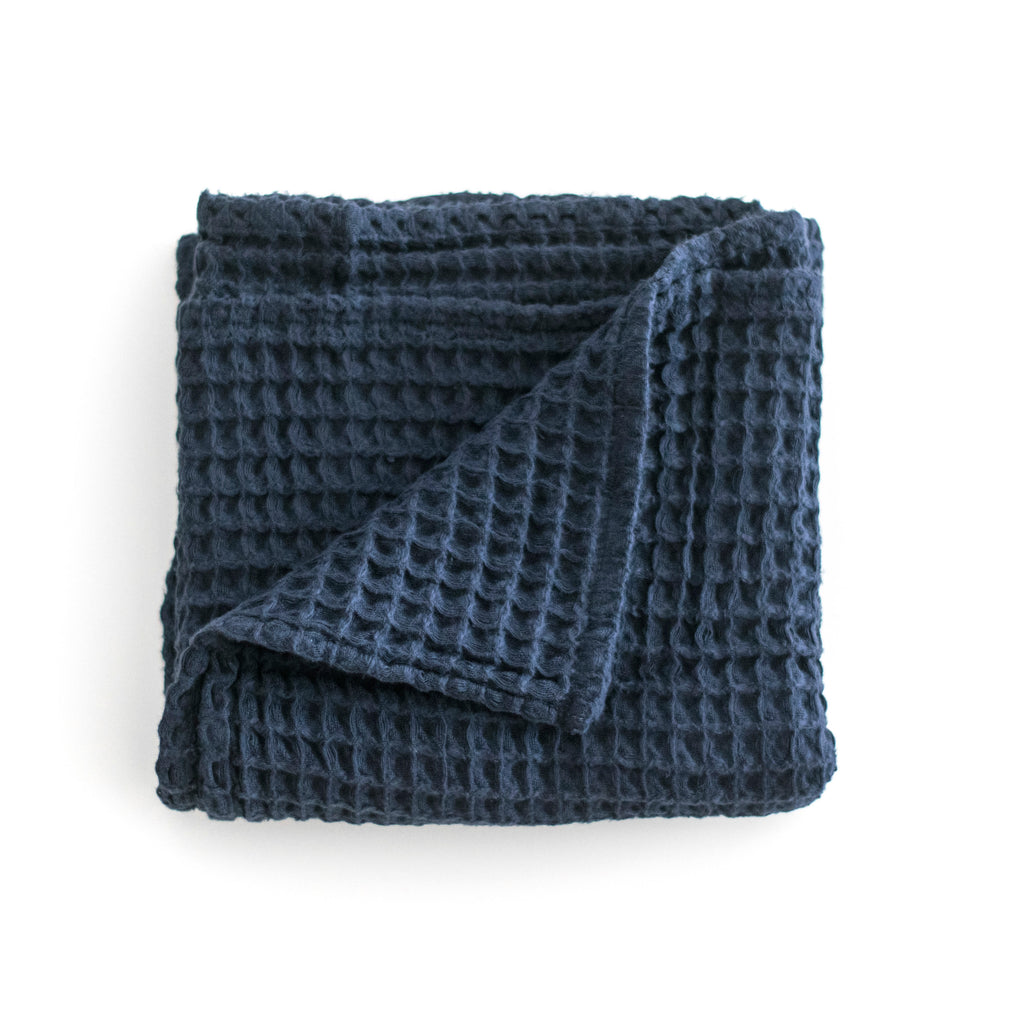 Small Cloud Blanket - Navy Blue