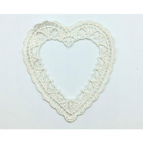 "Trimplace 2 3/4"" x 3 1/4"" Natural Venice Lace Heart Frame"