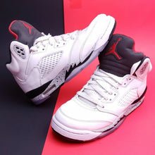 "Load image into Gallery viewer, AIR JORDAN 5 RETRO (GS) ""WHITE CEMENT"" 6(Y)"
