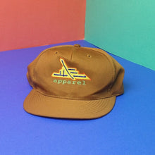 "Load image into Gallery viewer, Vintage 90s Snapback hat ""Apparel"""