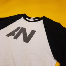 Load image into Gallery viewer, Y2k White Awolnation Baseball Tee Mens sz M