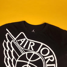 "Load image into Gallery viewer, Y2k Jordan ""Wings"" Logo Black Graphic T-Shirt Mens sz XL"