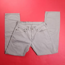 Load image into Gallery viewer, Grey Denim Levi Jeans W31 L32