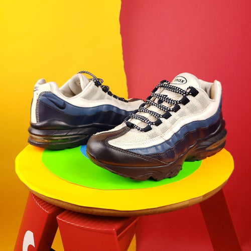 Nike Air Max 95 GS Sz 6.5Y or Womens sz 8