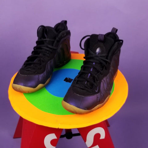 "Little Posite One ""Eggplant"" sz 7Y or Womens sz 9"