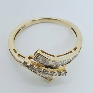9ct Yellow Gold Diamond Bypass Ring