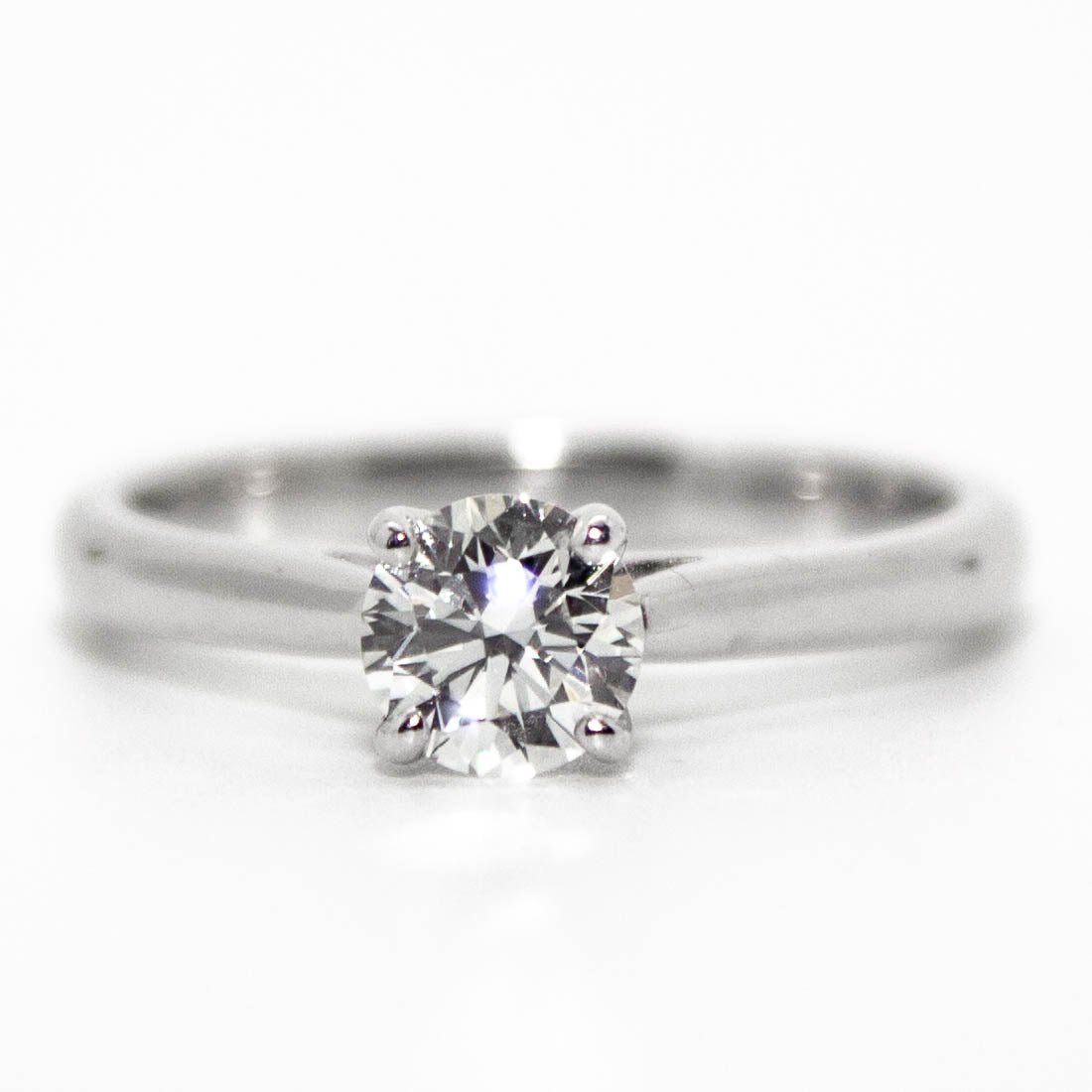 18ct White Gold Brilliant Cut Diamond Solitaire Ring