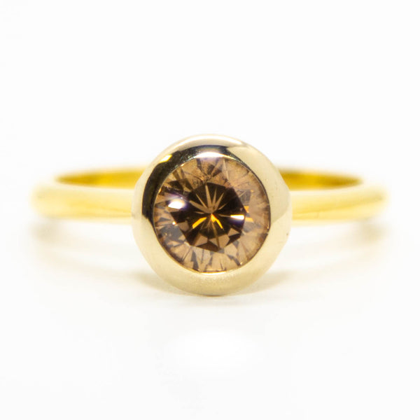 18ct Yellow Gold Cape Series Solitaire Diamond Ring