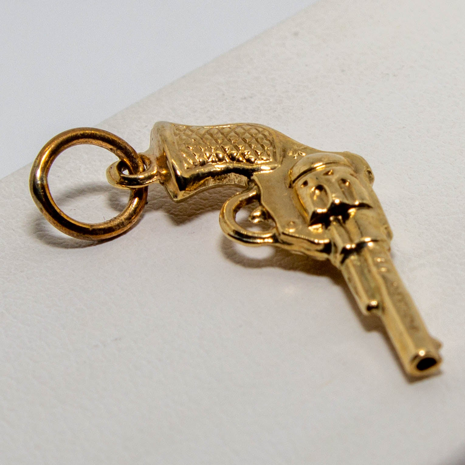 9ct Yellow Gold Revolver Charm
