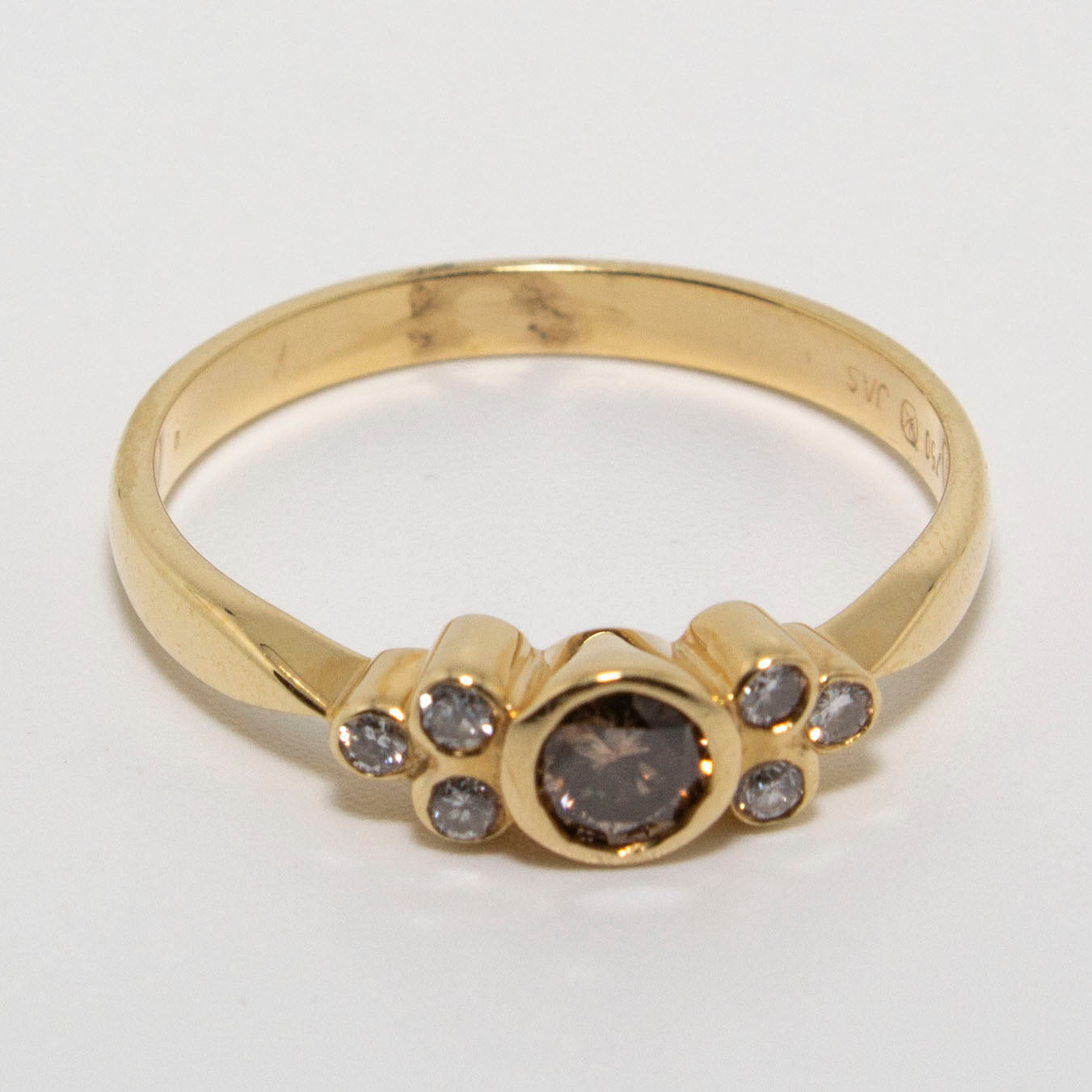 18ct Yellow Gold Cognac Diamond Ring