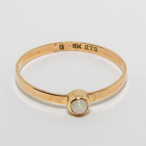9ct Yellow Gold Opal Ring 2