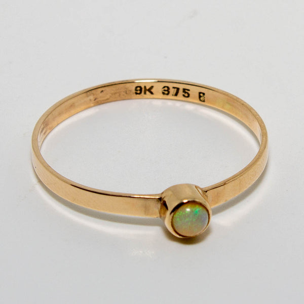 9ct Yellow Gold Opal Ring 3