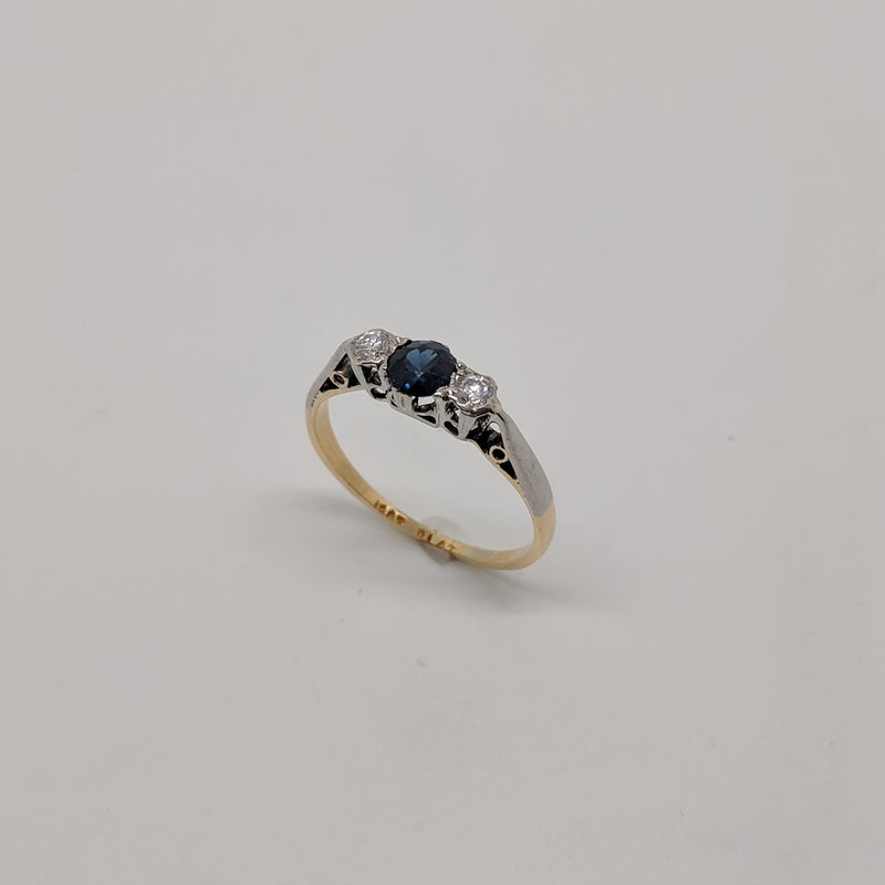 18ct Gold and Platinum Vintage Half Hoop Ring