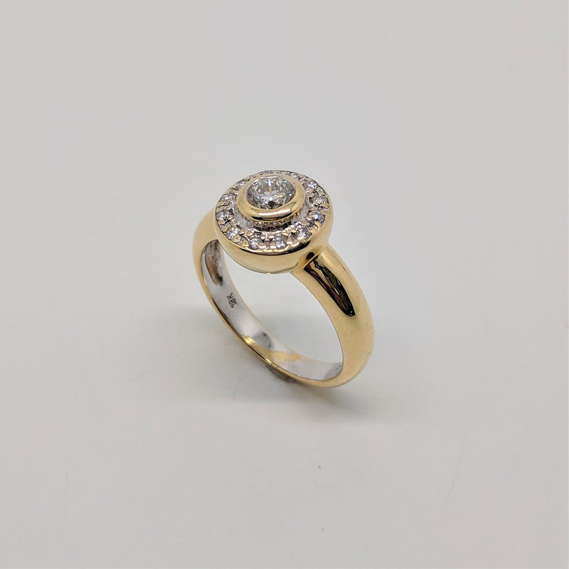 18ct Yellow Gold Diamond Halo Ring | Not specified