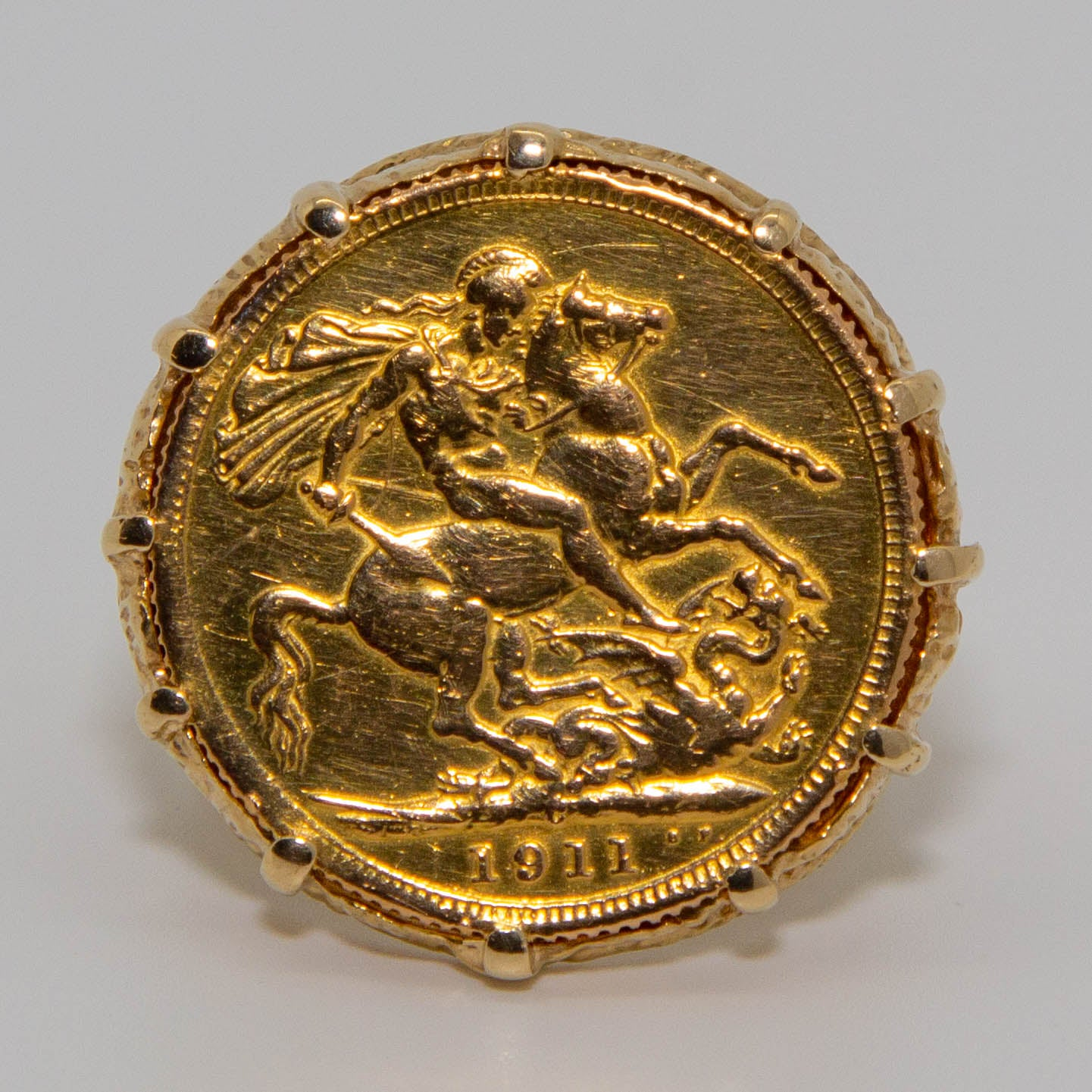 9ct Yellow Gold Sovereign Ring