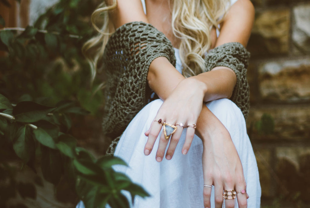 Women's wearing Rings - Jewelry fashion