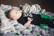 Load image into Gallery viewer, Zebra Blanket - The Snuggly Geekling