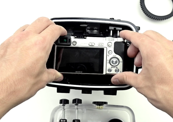 How to put Sony A6000 camera in and out of Salted Line underwater housing by Seafrogs