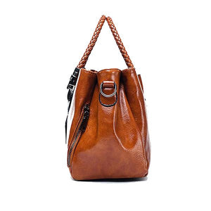 Brown oil waxed handbag