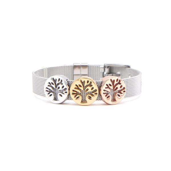 Gorgeous bracelet with love hearts