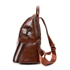 Vegan leather backpack with shoulder strap and ajustable backpack straps