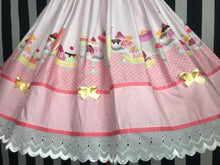 Load image into Gallery viewer, Dessert skirt in pink