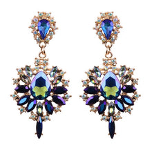 Load image into Gallery viewer, Isabella Earrings