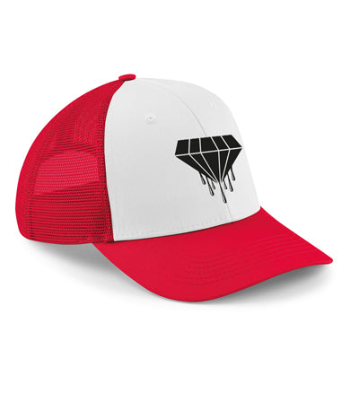 The 6-panel snapback trucker features a semi-curved peak and a 6-panel design, reworked heritage styling makes this vintage-meets-modern trucker the ultimate all season cap. Red and white with the Bloody Luxury diamond logo.  Fabric 100% Cotton front panel and peak. 100% Polyester mesh rear panels  Weight 66g Size One size