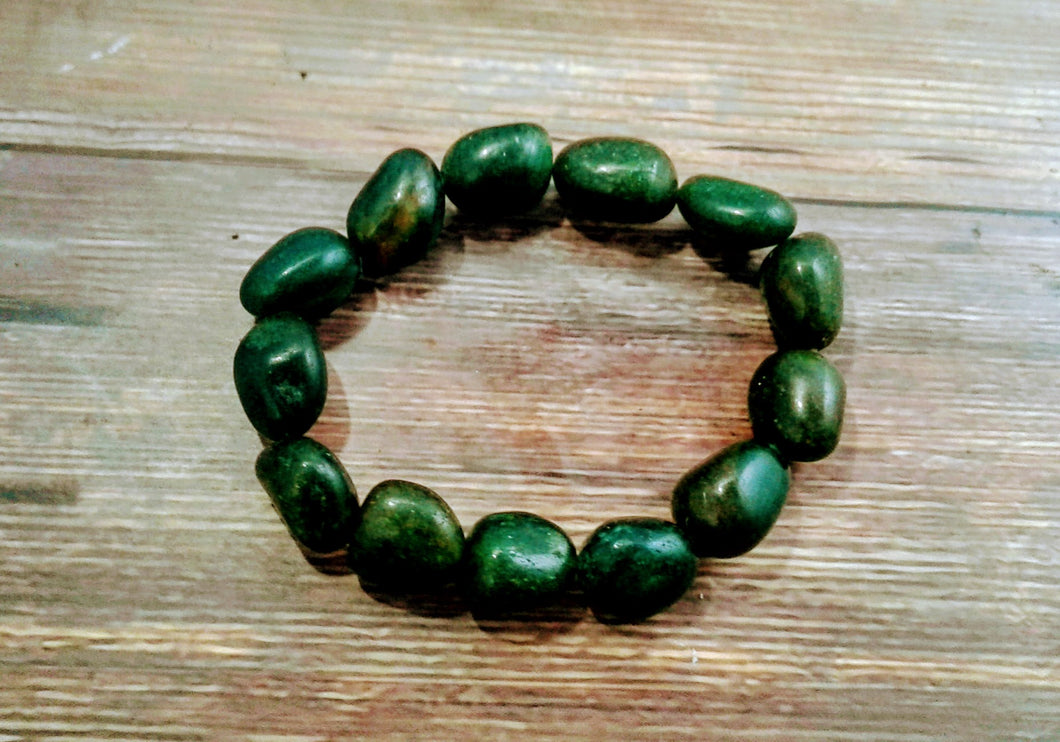 Women's Dark Green Aventurine Tumbled Stretch Bracelet Large stones