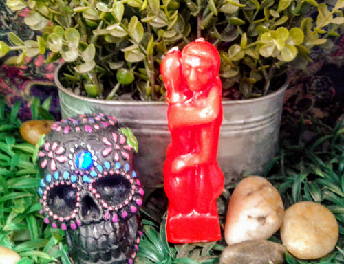 Red Exotic Couple Figure Candle