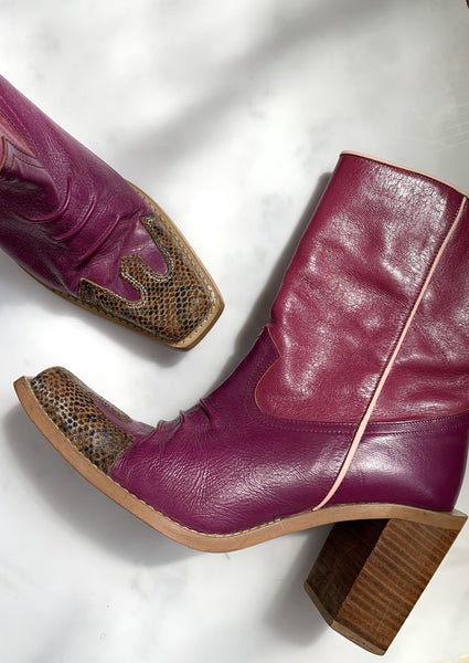 A rare pair of vintage Y2K pink cowboy boots