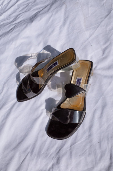 HEART DETAIL LUCITE MULES