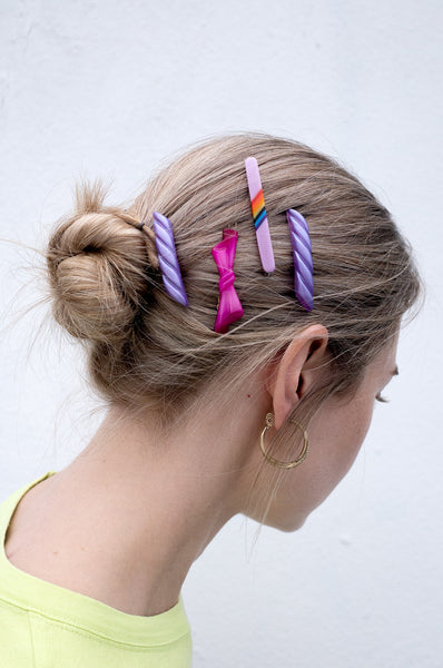 SET OF FOUR HAIR SLIDES
