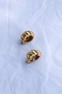 SMALL GOLD RIDGED EARRINGS