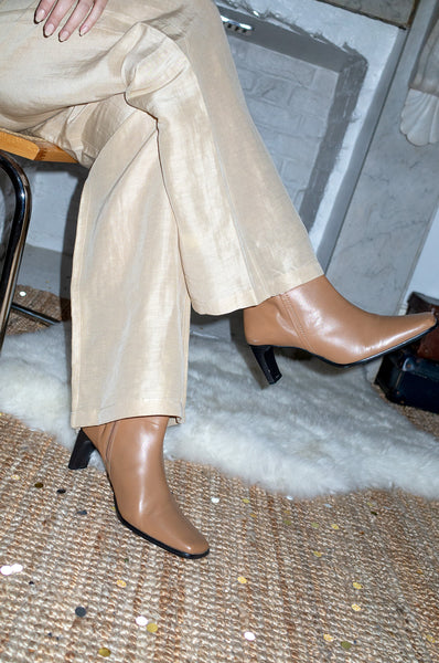 Tan leather vintage 1990s heeled ankle boots with square toe