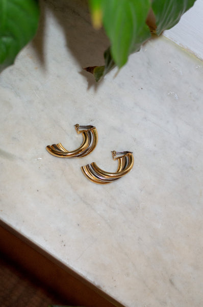 THREE TONE TWIST EARRINGS