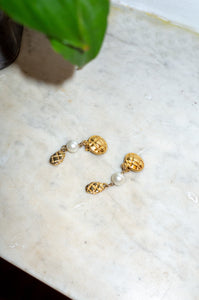 GOLD CIRCULAR DROP EARRINGS