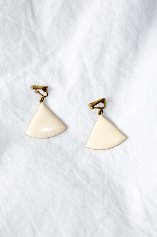 Vintage 1980s enamel fan-shaped earrings on gold-tone backs