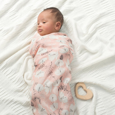 Set 3 mantas de muselina suave swaddle pretty petals aden and anais Blanca y Augusto