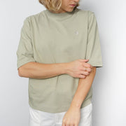 Basic Unisex Relaxed T-shirt Embroidery Salbei