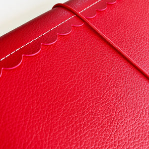 Red Scallop Traveler's Notebook