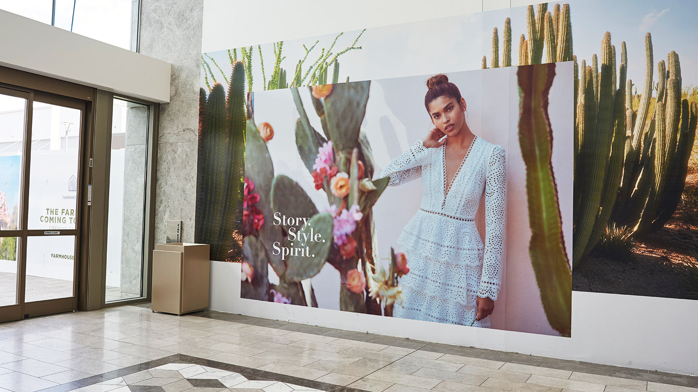 Scottsdale Fashion Square has a luxury style all its own. One that is not defined by property lines or contained in screens.