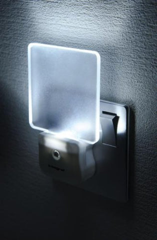 Integral Auto-Sensor LED Night Light (UK 3-pin plug)