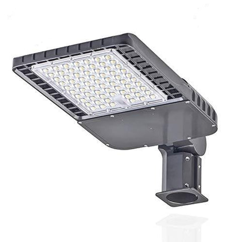 150 W LED Shoebox Street Pole Light Fixtures 5000K 195000 Lumens 100-277VAC Adjustable Arm UL & DLC Listed Weatherproof for Parking lot Lights commerical Security Area Lights