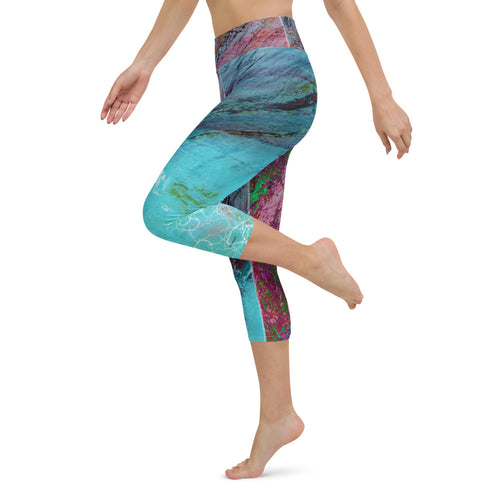Capri Leggings, Yoga Cut - SCHUCHsport: Suf the Wave by Lidka Schuch (LMS)